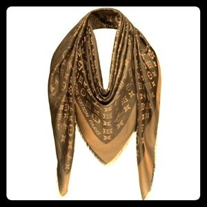 Louis Vuitton Accessories - Louis Vuitton monogram silk scarf